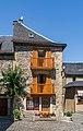 Building at Place de l'Eglise in Sainte-Eulalie-d'Olt 02.jpg