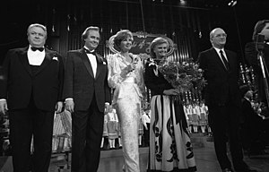 Günter Strack - Günter Strack (left) at an event for charity, 1986