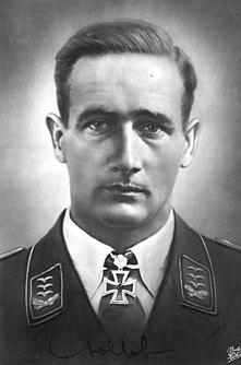 Gordon Gollob German officer and fighter pilot during World War II