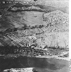 Bundesarchiv Bild 195-2349, Rheinbefliegung, Eimeldingen.jpg