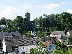 Burg-Reuland - Image: Burg Reuland JPG09