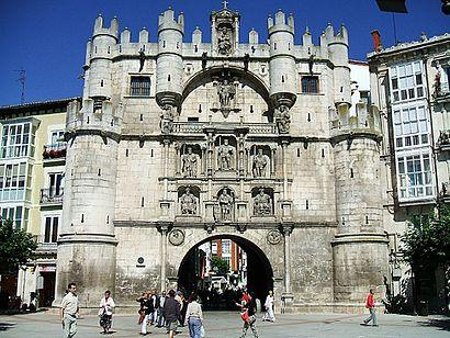 Cómo llegar a Arco De Santa María en transporte público - Sobre el lugar