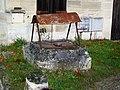 Bury (60), hameau de Mérard, puits, rue Émile-Combes.jpg