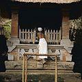 COLLECTIE TROPENMUSEUM Altaar bij de Pura Goa Gajah of Olifantsgrot TMnr 20027328.jpg