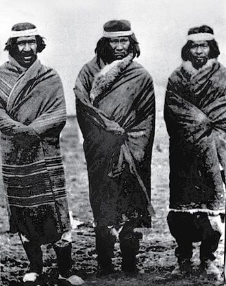 Tehuelche people - Tehuelche chiefs K'achorro, K'oparren, and Kamayo (1903)