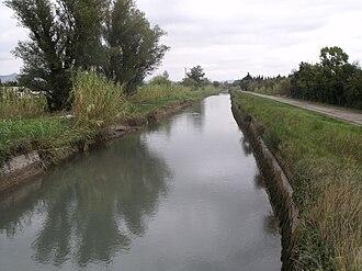Aureille - The Craponne Canal
