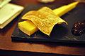Cantal-ost med mirabellekompot (5071356413).jpg