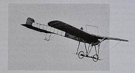 Caproni Ca.8 (1911) in flight.JPG