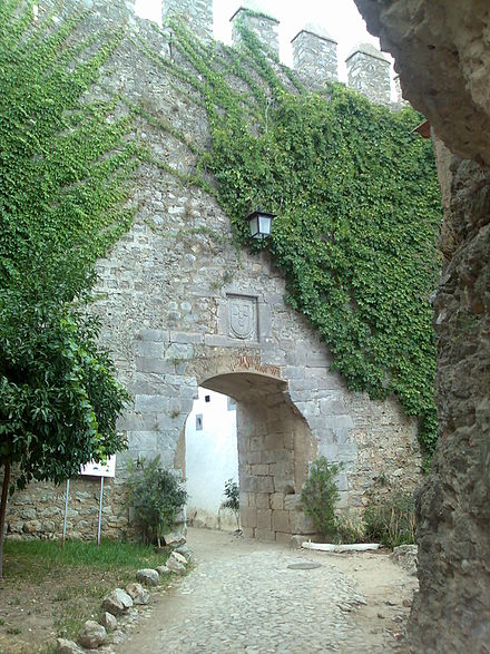 Castle of Serpa: entrance2