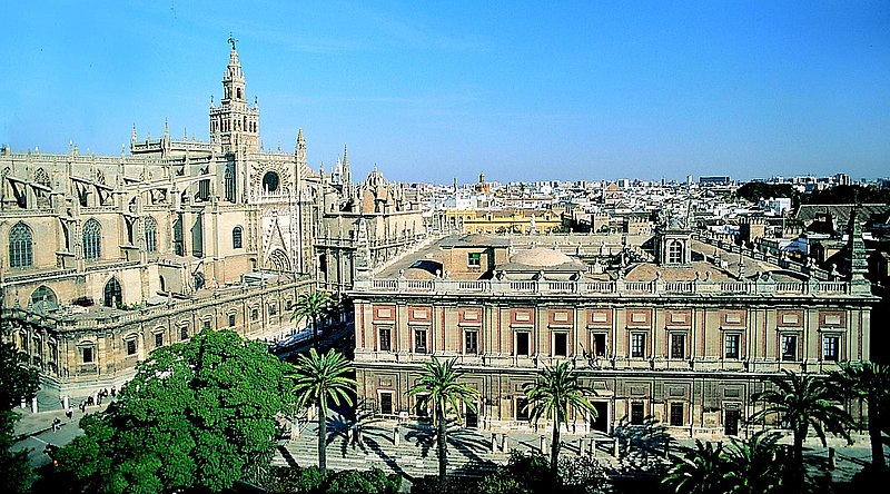 Image:Cathedral and Archivo de Indias - Seville.jpg