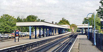 Chalfont & Latimer station - Platform view