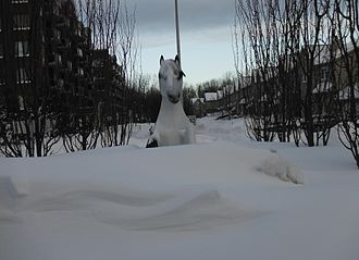 Rapides du Cheval Blanc - At the roundabout at the northern tip of Source Blvd there is a statue of a white horse.