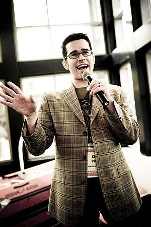 Chris Pirillo - Pirillo speaking at Gnomedex in 2007