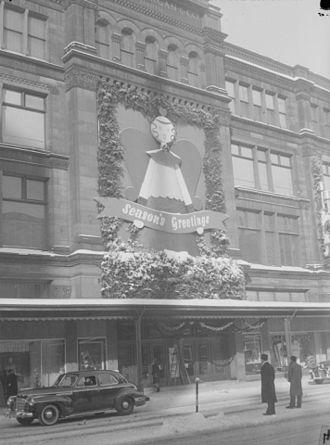 Morgan's - Morgan's on St. Catherine Street West, Montreal, Christmas 1944