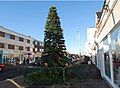 Christmas tree in Lee-on-Solent High Street - geograph.org.uk - 1616616.jpg