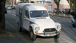 Citroën Acadiane, France (front) (19233699951).jpg