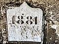 Clé de linteau, datée, à Botans.(1).jpg
