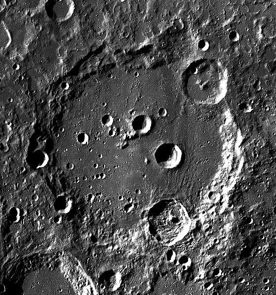 File:Clavius LROC.jpg