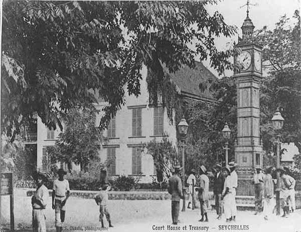 Clock court treasury Victoria Seychelles 1900s