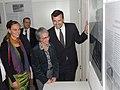 """ConsMunich Ausstellungseröffnung """"Amis in Giesing"""" (8089677120).jpg"""
