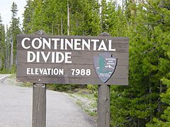 Continental Divide in Yellowstone.JPG