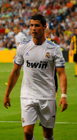 English: Cristiano Ronaldo in Real Madrid 2 - ...