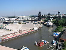 Cuyahoga river at Cleveland.jpg