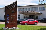 Dübendorf (Wangen Brüttisellen) - Flugplatz - Ehemaliges Aufnahmegebäude Zivilflugplatz, Dübendorfstrasse 2011-09-01 14-48-44
