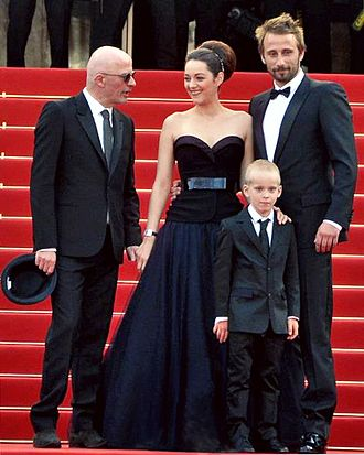 Matthias Schoenaerts - Schoenaerts next to Marion Cotillard, Armand Verdure and Jacques Audiard during the premiere of Rust and Bone at the Cannes Film Festival in 2012.