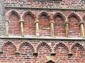 Den Burg - Kirche - Spitzbogengalerie.jpg