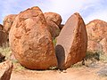 Devils Marbles, Northern Territory, Australia, 2004 - panoramio (1).jpg