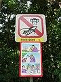 DoNotFeedtheMonkeysSign-BukitTimahHill-Singapore-20080509.jpg