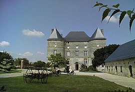 The chateau in Doumely