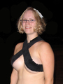 Dragon Con 2009 - Cosplay woman in skimpy top.png