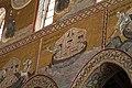 Duomo di Monreale, interno, mosaici con storie bibliche. Noè e la colomba. - panoramio.jpg