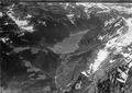 ETH-BIB-Klöntalersee, Saggberg, Schwammhöchi, Schlattberg, Glärnisch, Nordwand v. N. O. aus 2000 m-Inlandflüge-LBS MH01-005031.tif