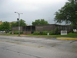 Eagle Lake, Texas - Image: Eagle Lake TX Municipal Building