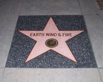 Earth, Wind & Fire - Image: Earth Wind and Fire Walk of Fame 4 20 06