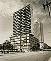 Edificio del Seguro Médico. Havana, Cuba.jpg