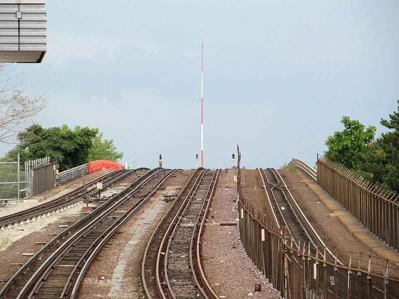 File:Edward Dana Bridge from Assembly station, September 2014.JPG