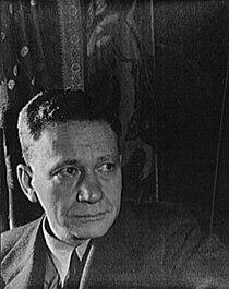 Efrem Zimbalist photographed by Carl Van Vechten, September 26, 1933.jpg