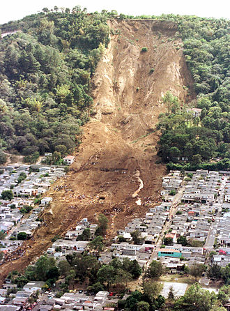 January 2001 El Salvador earthquake - A landslide caused by the earthquake