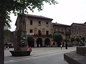 Elorrio central plaza.JPG