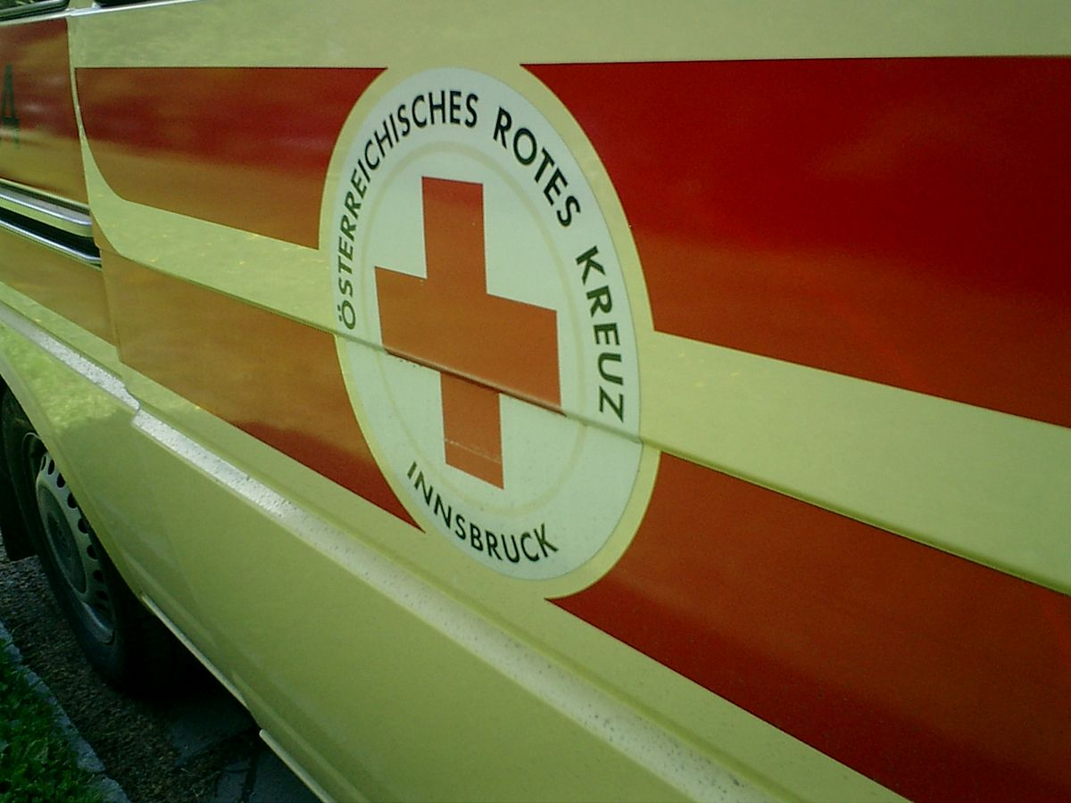 Health Insurance Companies >> Emergency medical services in Austria - Wikipedia