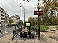 Entrée Station Métro Château Vincennes Vincennes 1.jpg