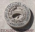 Escudo de Escaldes Engordany na praza de Lalín. Andorra 49.jpg