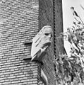 Exterieur GEBEELDHOUWDE KOP DOOR GIJS JACOBS - Arnhem - 20315628 - RCE.jpg