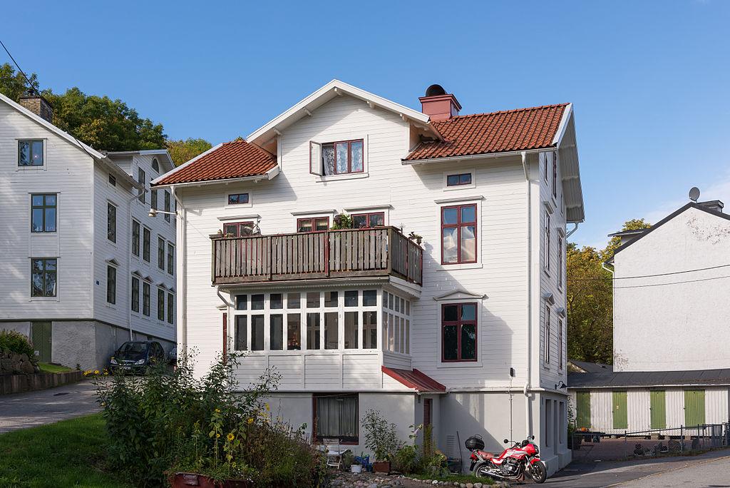 Bevarade byggnader vid korsningen Flemingsgatan/Karl IX:s väg