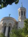 Façade arrière de la basilique Notre-Dame de Fourvière à Lyon.png