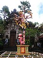 Female ogoh-ogoh statue in front of the Puri Lukisan Museum in Ubud.jpg
